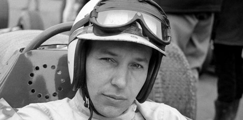 """<span class=""""entry-title-primary"""">Che tu possa ritrovare tuo figlio Henry: buon viaggio, John Surtees</span> <span class=""""entry-subtitle"""">Il figlio del vento se ne va a 83 anni</span>"""