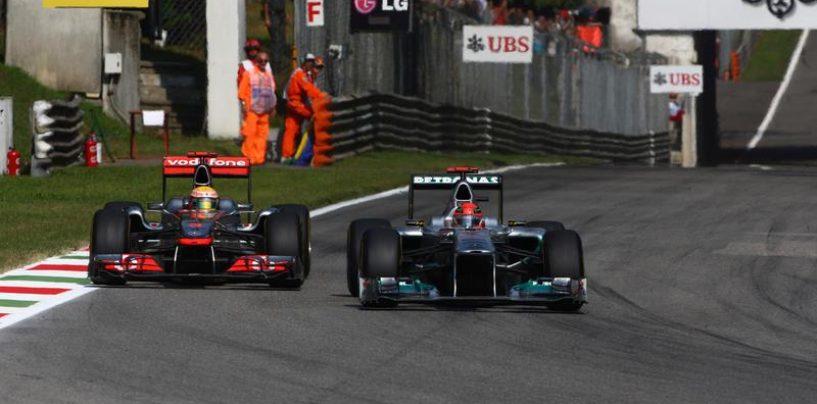 """<span class=""""entry-title-primary"""">Monza 2011: un nuovo video per una battaglia epica tra Michael e Lewis</span> <span class=""""entry-subtitle"""">Poesia su quattro ruote: una nuova versione di una lotta da anni antichi</span>"""