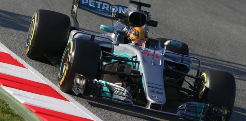 """<span class=""""entry-title-primary"""">F1   Test day 1: Hamilton leader, ma la Ferrari c'è</span> <span class=""""entry-subtitle"""">Il vice-campione del mondo in cima alla lista dei tempi, Vettel impressiona su gomme medie</span>"""