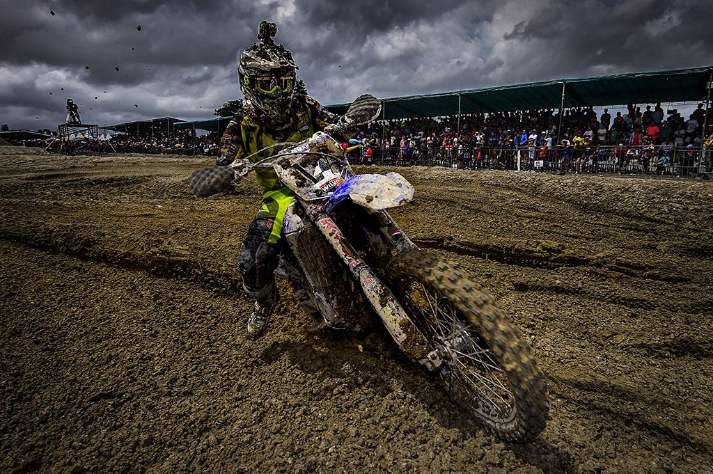 MXGP | Indonesia: vince Simpson, Cairoli 4°