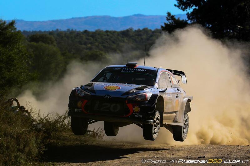 WRC | Argentina: Evans controlla il vantaggio, Neuville secondo