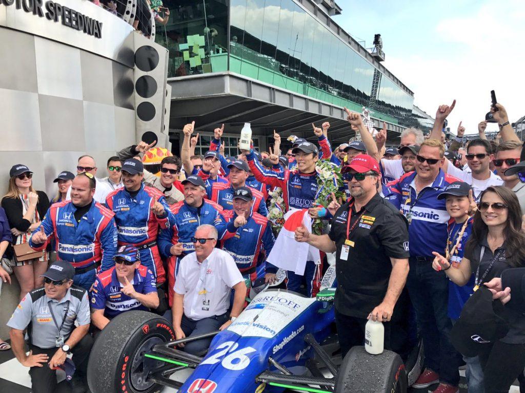 Indycar | Takuma Sato vince la 500 Miglia di Indianapolis