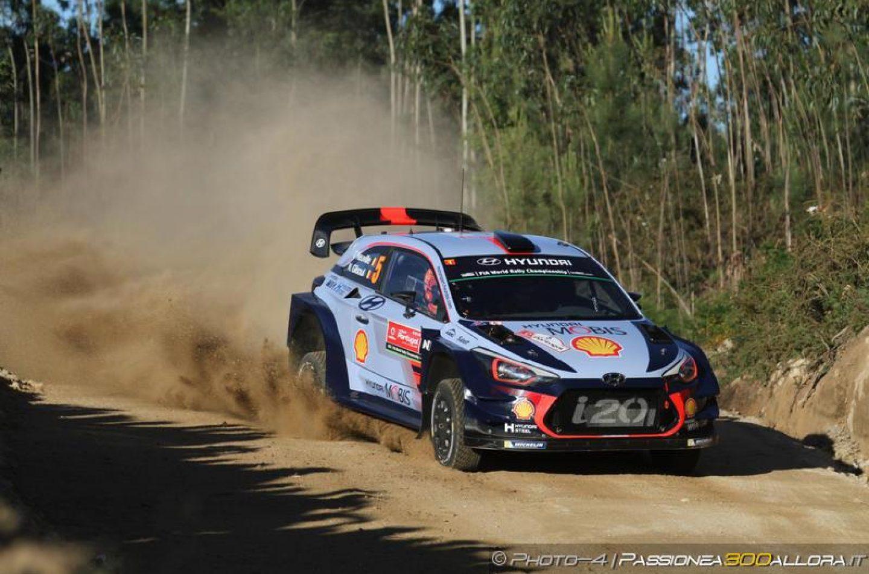 WRC   Portogallo: Ogier mantiene il comando al termine della seconda tappa
