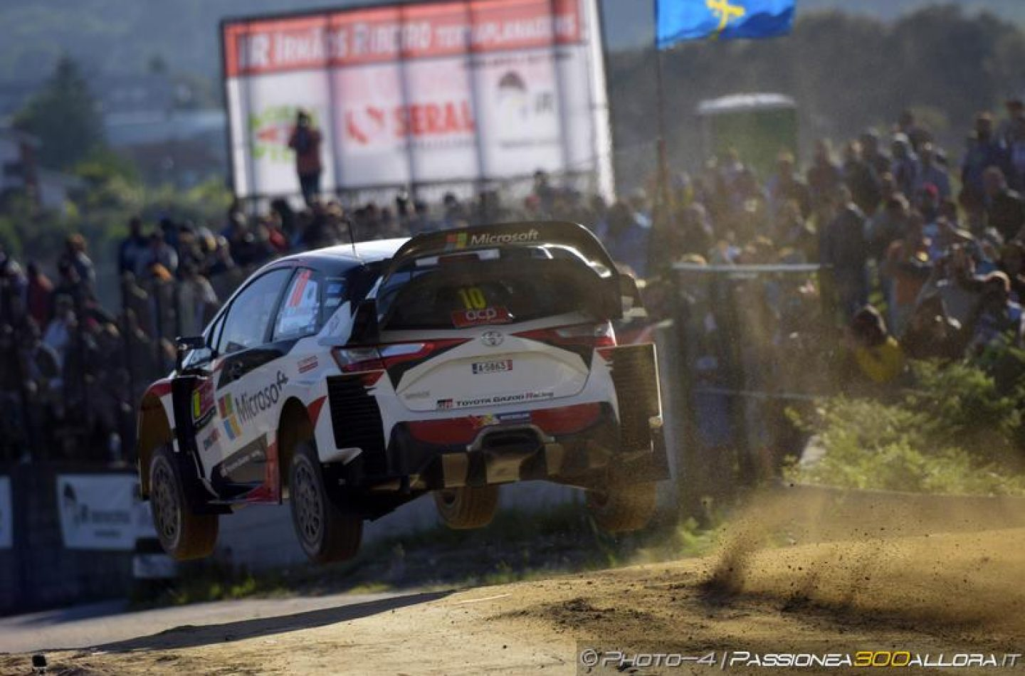 WRC   Portogallo: Latvala in testa, otto piloti in undici secondi
