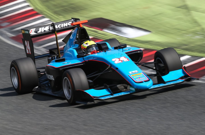 GP3   GP Spagna: Maini vince Gara 2, Boccolacci e Lorandi sul podio