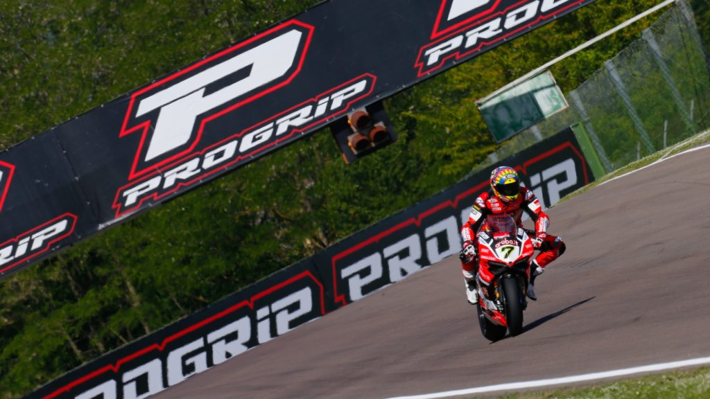 SBK | Superpole: Davies davanti, seconda pole stagionale a Imola