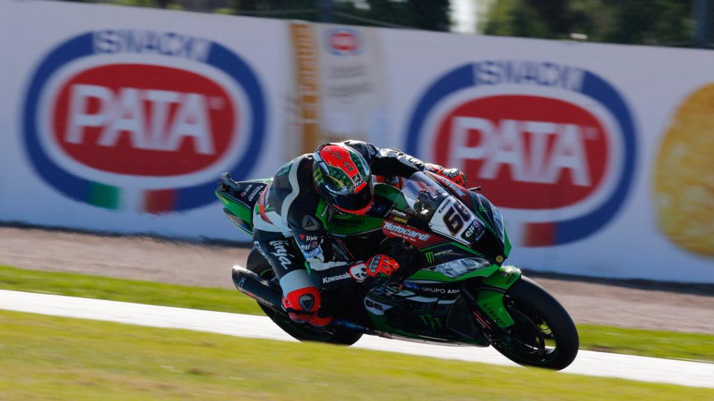 SBK | Sykes ancora una volta in pole a Donington