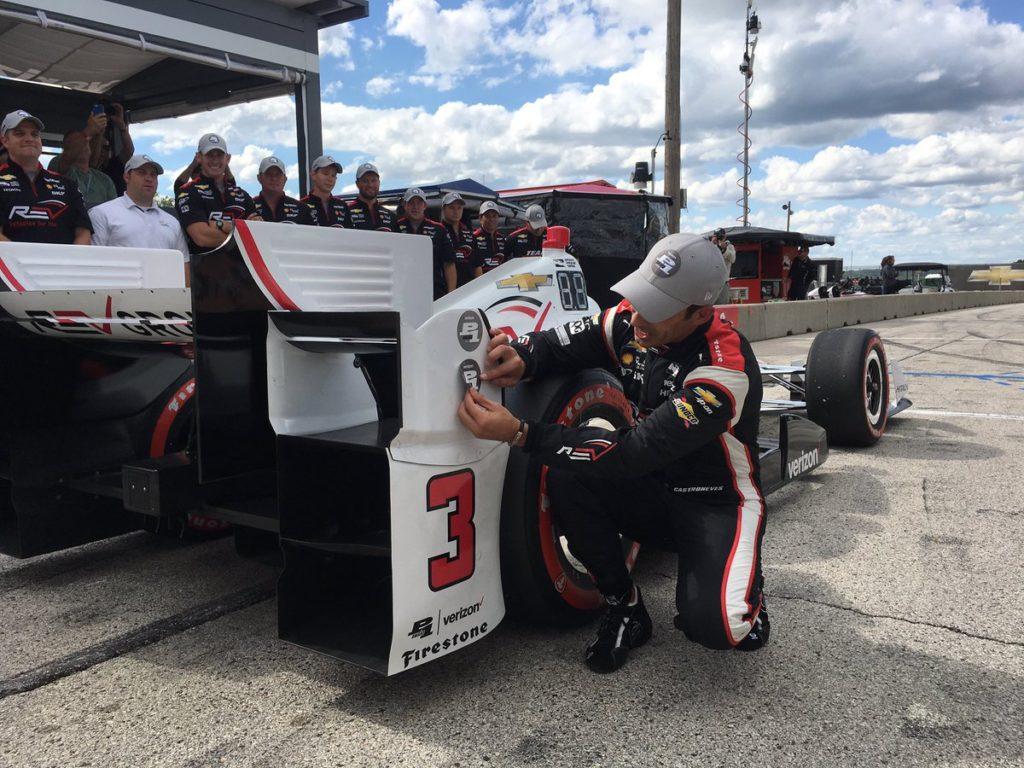 Indycar | Castroneves beffa Power, la pole a Road America è sua