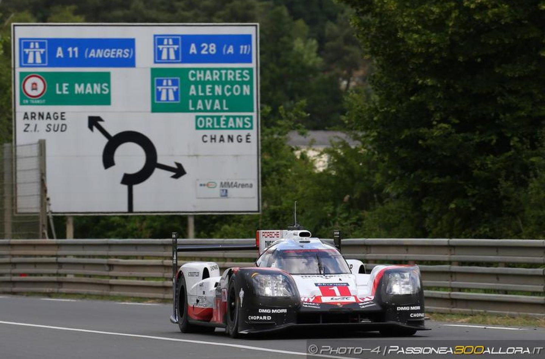WEC   Le Mans: Jani svetta nelle prove libere, Toyota a sei decimi