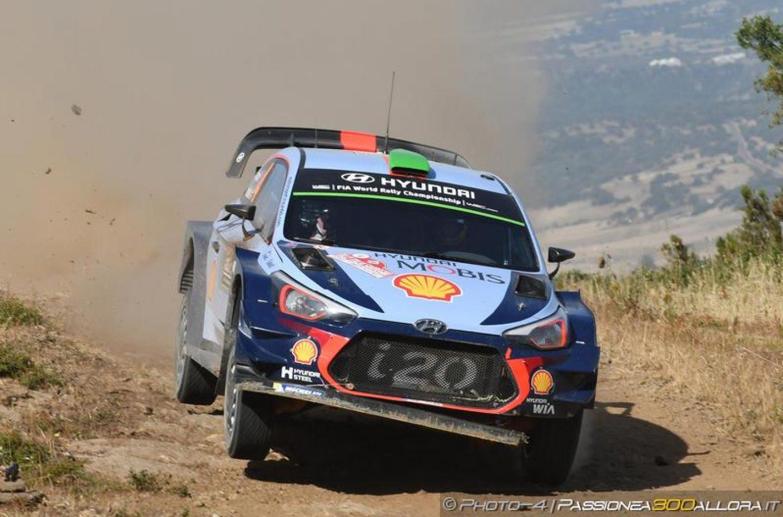 WRC | Sardegna: Paddon conserva la prima posizione, Neuville in recupero