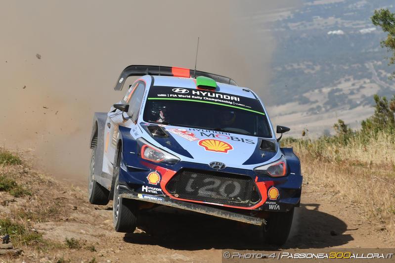 WRC   Sardegna: Paddon conserva la prima posizione, Neuville in recupero