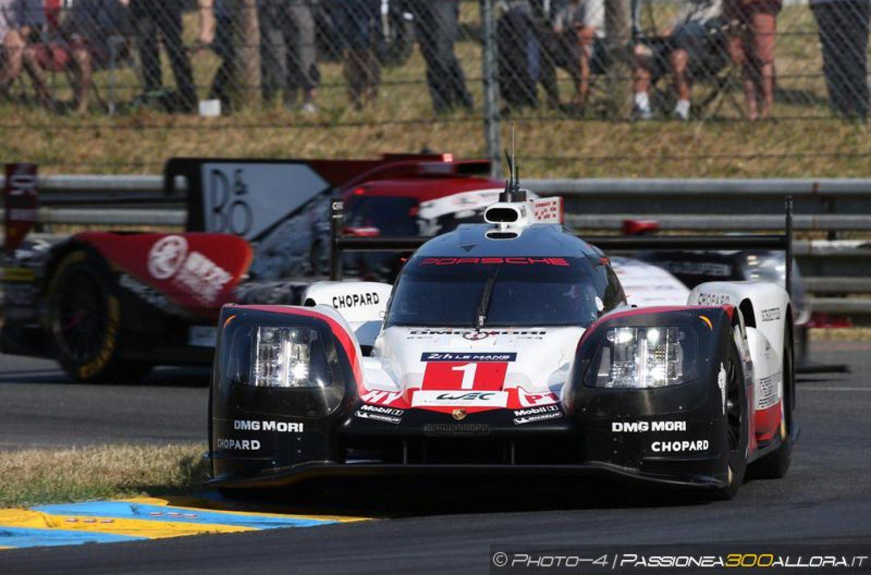 WEC   Le Mans: disastro Toyota, Porsche #1 al comando
