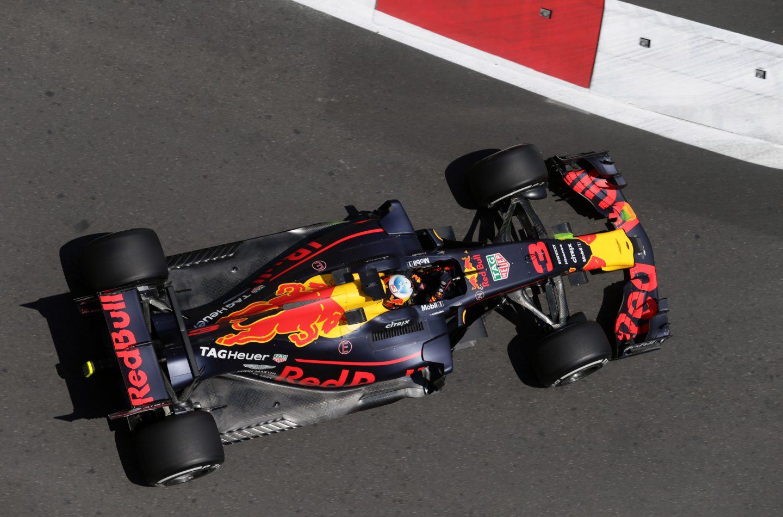 F1   GP Azerbaijan: Ricciardo vince una gara senza senso su Bottas e Stroll!