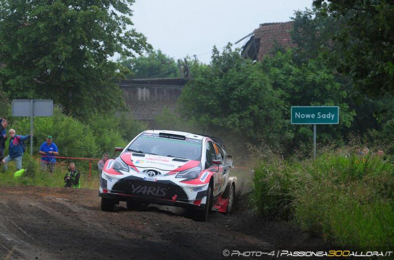 WRC | Polonia: Latvala detta il passo sotto la pioggia