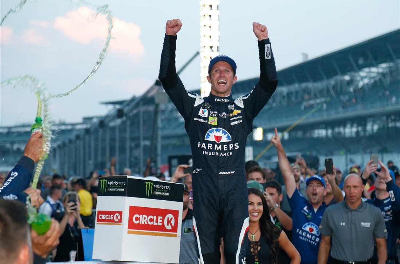 NASCAR | Demolition derby a Indy, Kahne vince la Brickyard 400