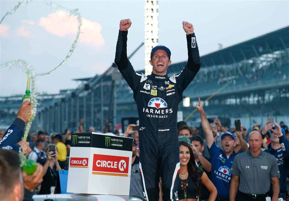 NASCAR | Demolition derby a Indy, Kahne vince la Brickyard 400