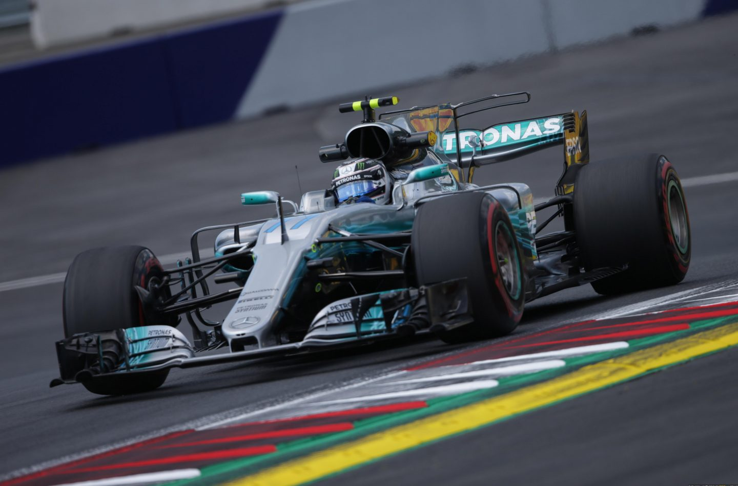 F1 | GP Austria, Bottas in pole position su Vettel e Raikkonen