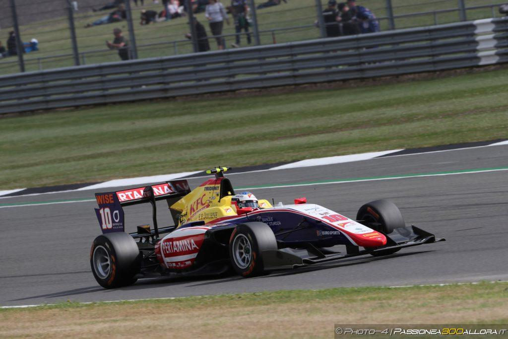 GP3   Giuliano Alesi vince Gara 2 a Silverstone