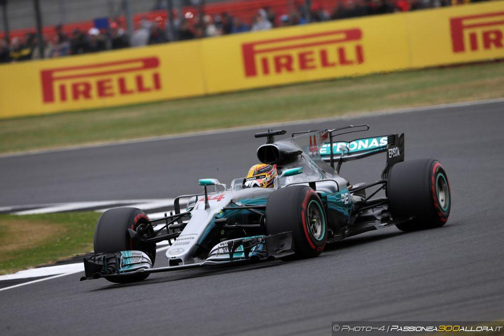 F1   GP Gran Bretagna: Hamilton Pole record, poi Raikkonen e Vettel