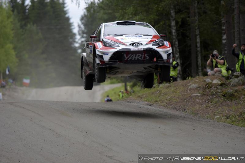 WRC | Finlandia: Toyota domina, Ogier subito fuori