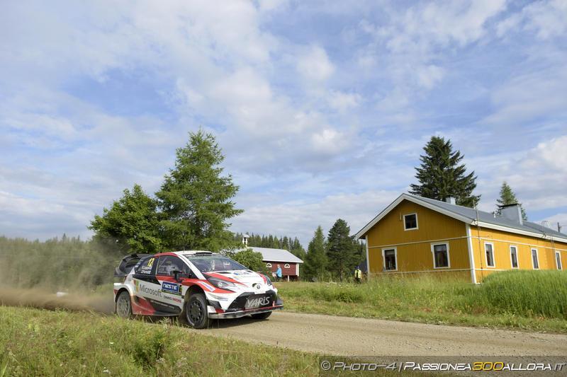 WRC | Finlandia: Latvala fuori dai giochi, Lappi torna primo