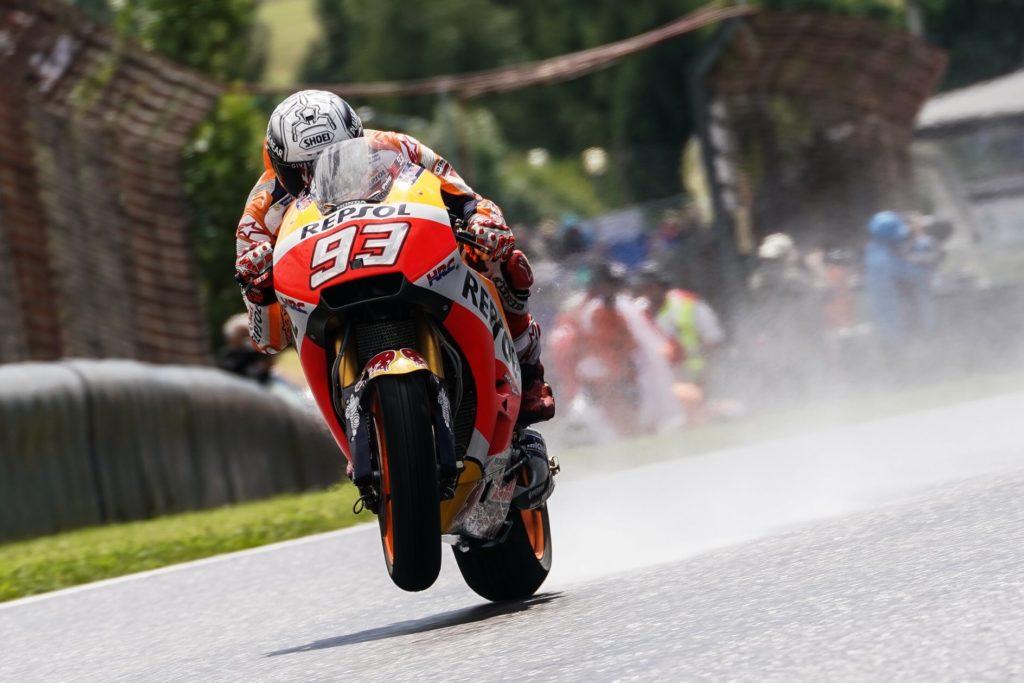 MotoGP   GP Germania, Marquez in pole sul bagnato al Sachsenring