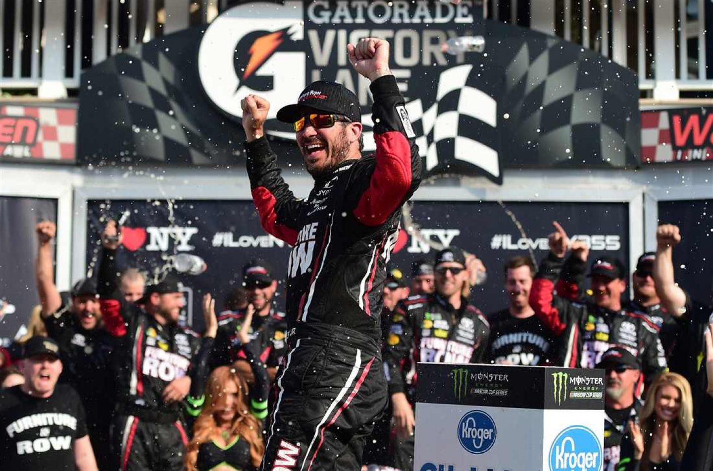 NASCAR | Martin Truex Jr. vince di conserva al Watkins Glen