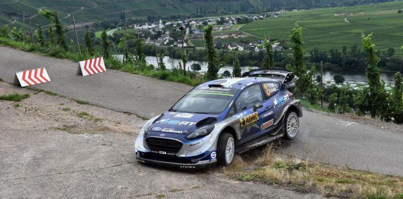 "<span class=""entry-title-primary"">WRC | Germania: Tänak mantiene la vetta, Neuville out</span> <span class=""entry-subtitle"">Il pilota belga dice addio alla corsa, Ogier insidia Mikkelsen</span>"
