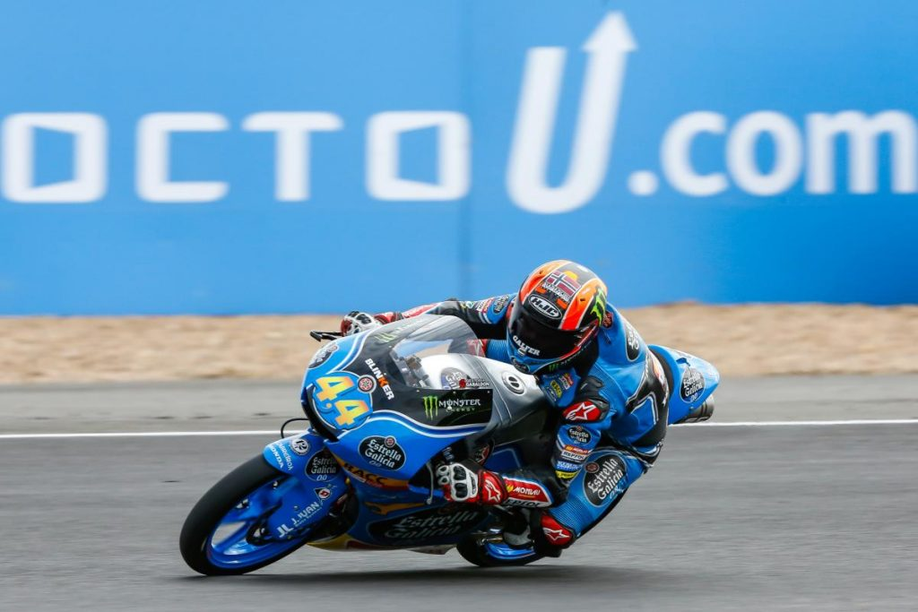 Moto3 | GP Gran Bretagna: bandiera rossa all'ultimo giro, vince Canet in rimonta