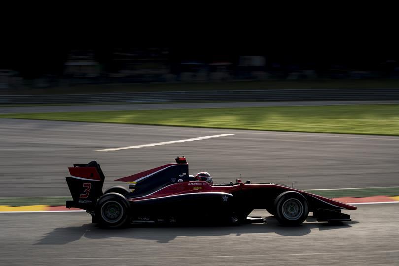 GP3 | Belgio: Russell in pole davanti a Fukuzumi