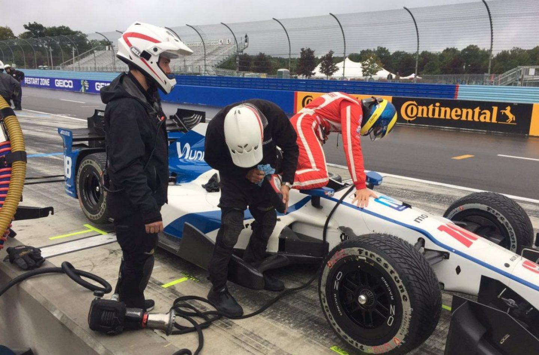 Indycar | Bourdais primo nel warm up