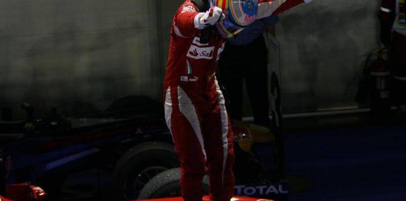 """<span class=""""entry-title-primary"""">Singapore 2010: la prova di forza di Fernando</span> <span class=""""entry-subtitle"""">Una delle vittorie più belle dello spagnolo</span>"""