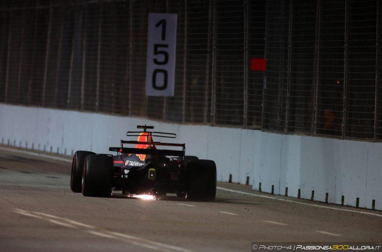 F1 | Gp Singapore: Ricciardo si ripete nelle FP2, indietro le Ferrari