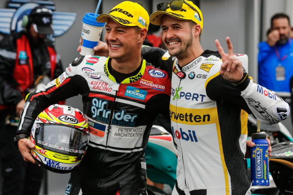 Moto2   GP San Marino: vittoria a sorpresa di Aegerter. Ecatombe italiana
