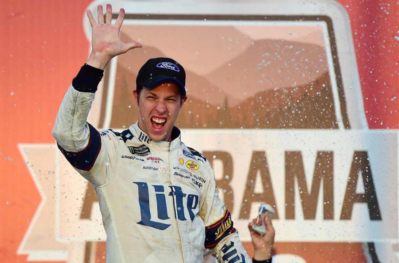 NASCAR | Keselowski esce vincitore dall'inferno di Talladega!