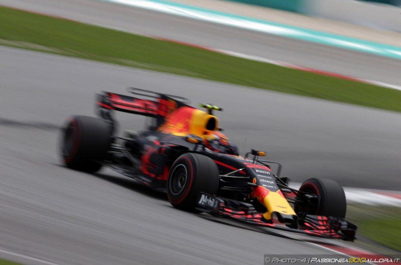 F1   GP Malesia: Verstappen trionfa su Hamilton e Ricciardo. Vettel ottimo 4°