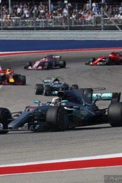 F1 | GP Stati Uniti: Hamilton trionfa, Vettel 2°. Mercedes Campione Costruttori