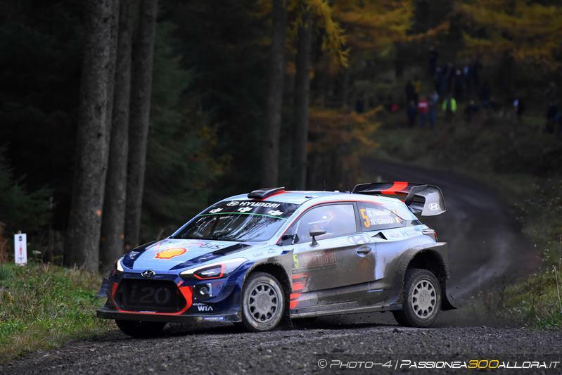 WRC | Galles: Evans sempre leader, Ogier e Neuville in recupero