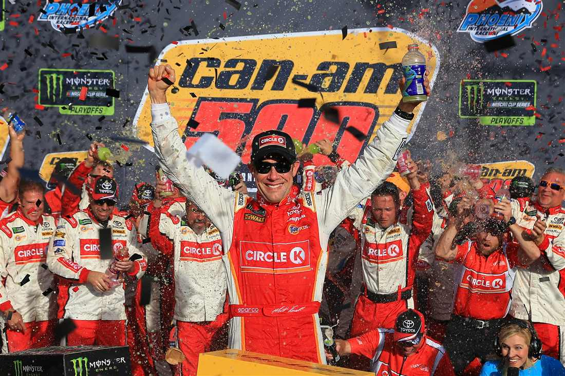 NASCAR | Kenseth vince d'orgoglio a Phoenix, sogno infranto per Elliott