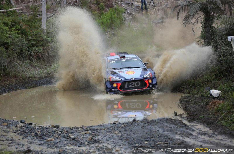 WRC   Australia: Mikkelsen e Meeke out, ne approfitta Neuville