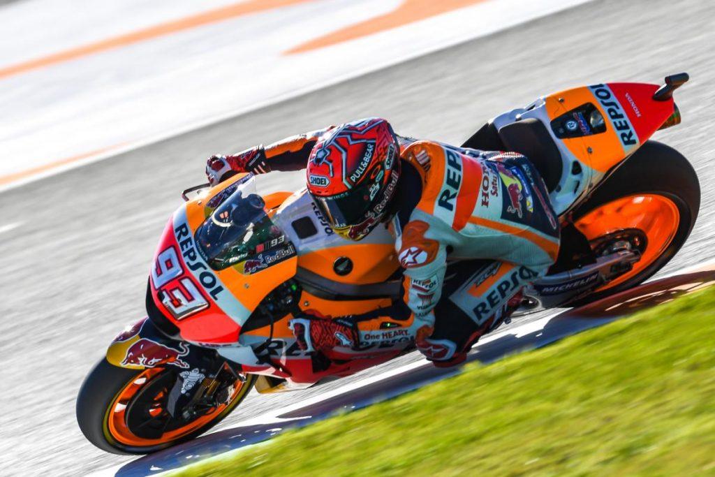 MotoGP   GP Valencia: Pedrosa vince una gara al cardiopalma. Marquez è campione