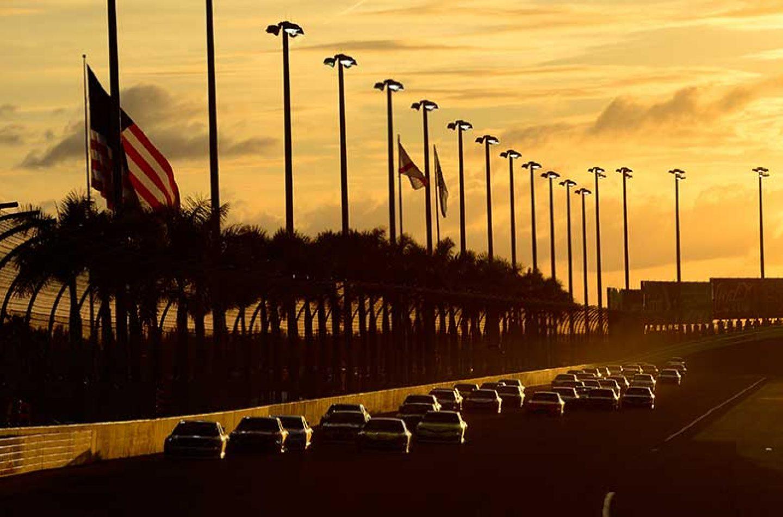 NASCAR | Byron trionfa nella Xfinity Series, Bell conquista i Truck