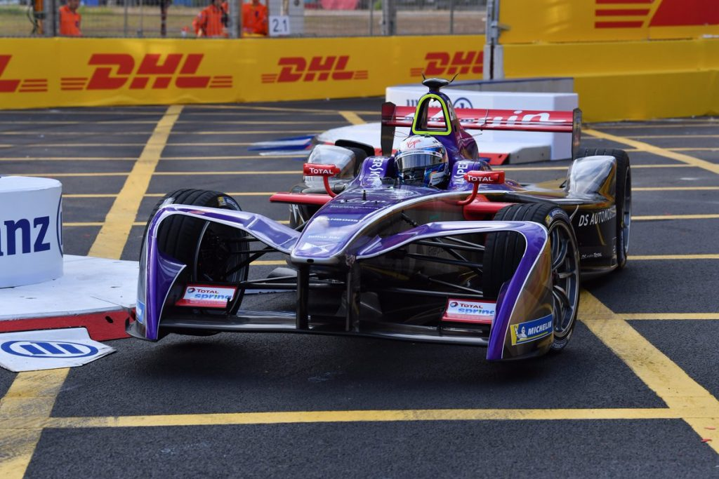 Formula E | Hong Kong: Bird più forte della penalità, sua la prima stagionale