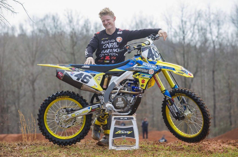 Supercross | Justin Hill in sella alla Suzuki 450 a Tampa