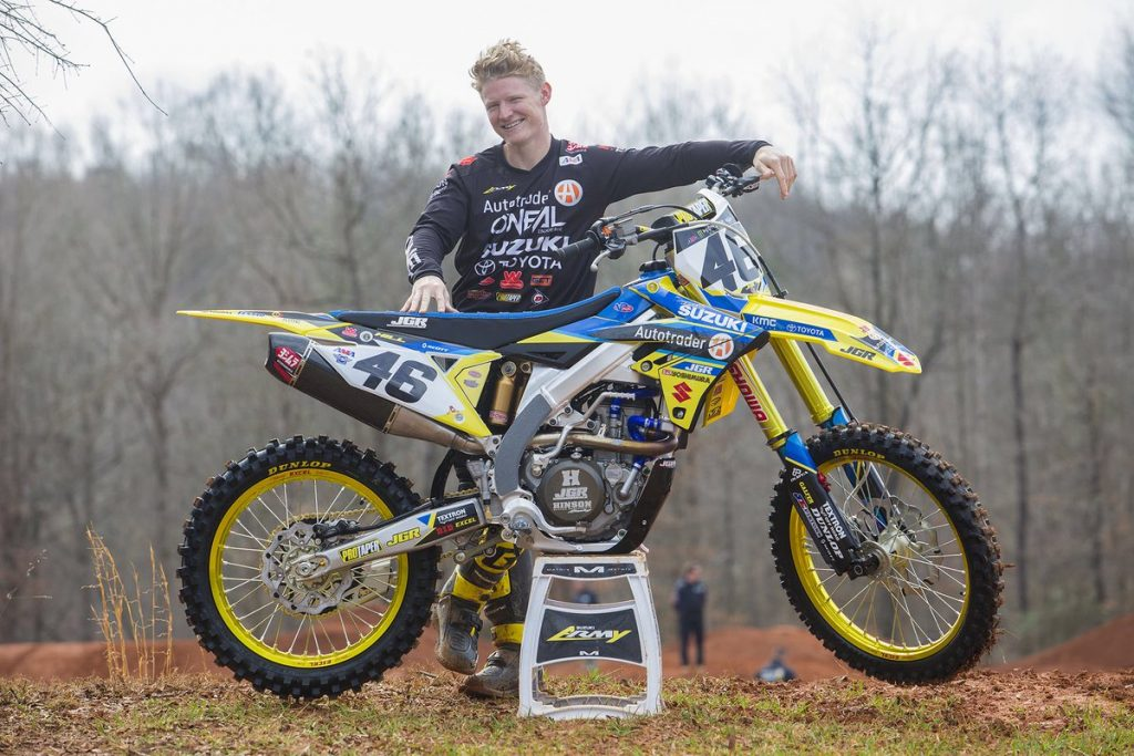 Supercross | Justin Hill in sella alla Suzuki 450 a Tampa