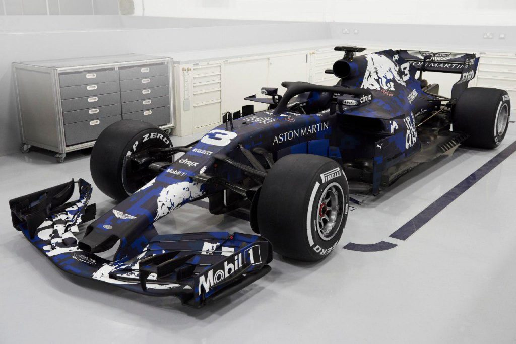 F1 | Red Bull ha presentato online la RB14 3