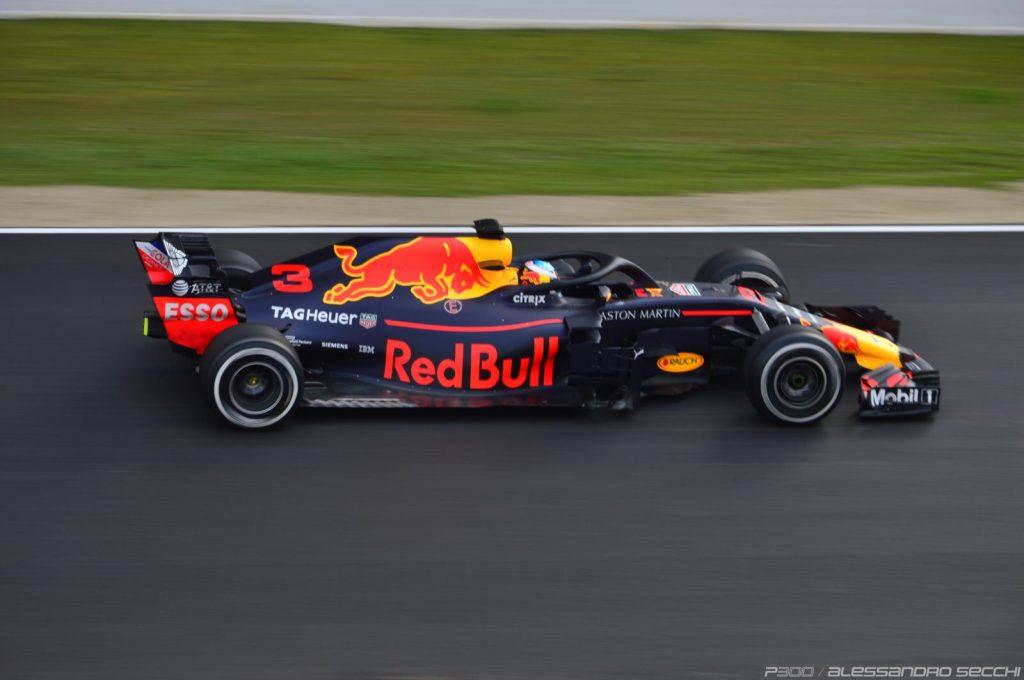 F1 | GP Bahrain, FP1: Ricciardo miglior tempo