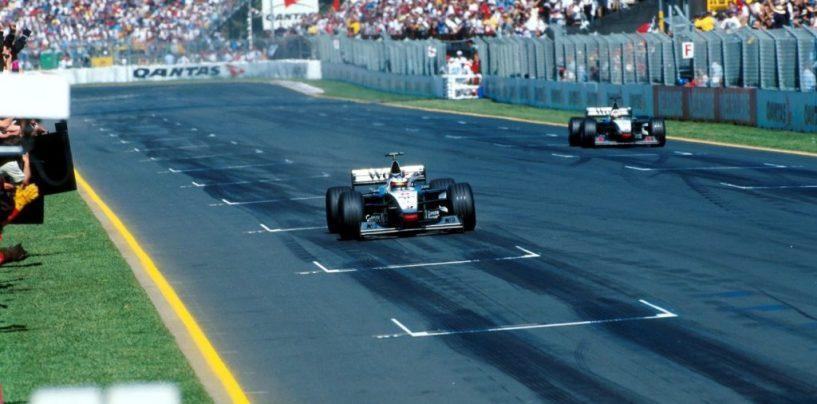 """<span class=""""entry-title-primary"""">Melbourne 1998: il dominio della McLaren-Mercedes</span> <span class=""""entry-subtitle"""">20 anni fa in Australia la doppietta delle frecce d'argento di Woking</span>"""
