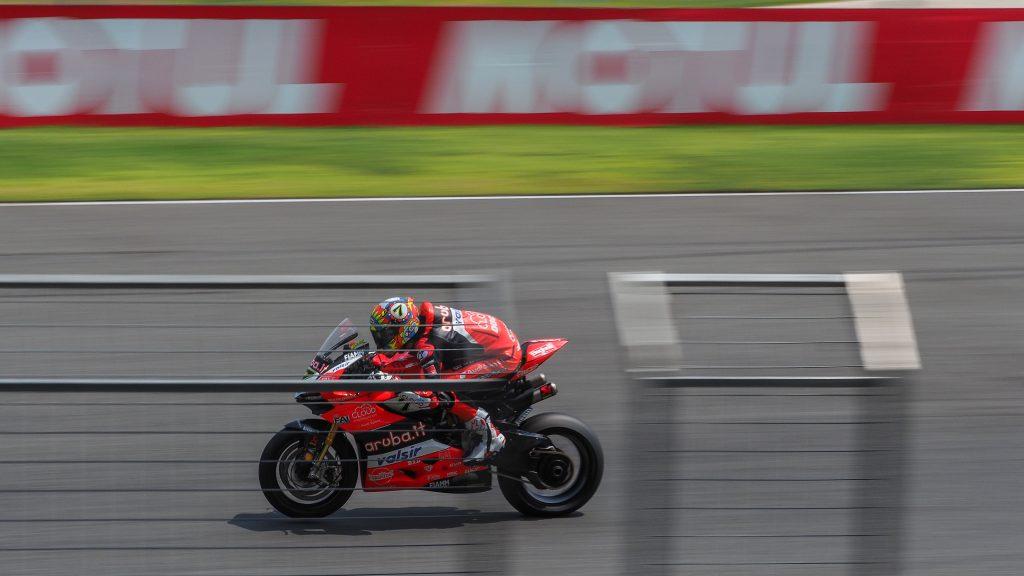SBK | GP Thailandia: Davies rompe l'egemonia Kawasaki a Buriram