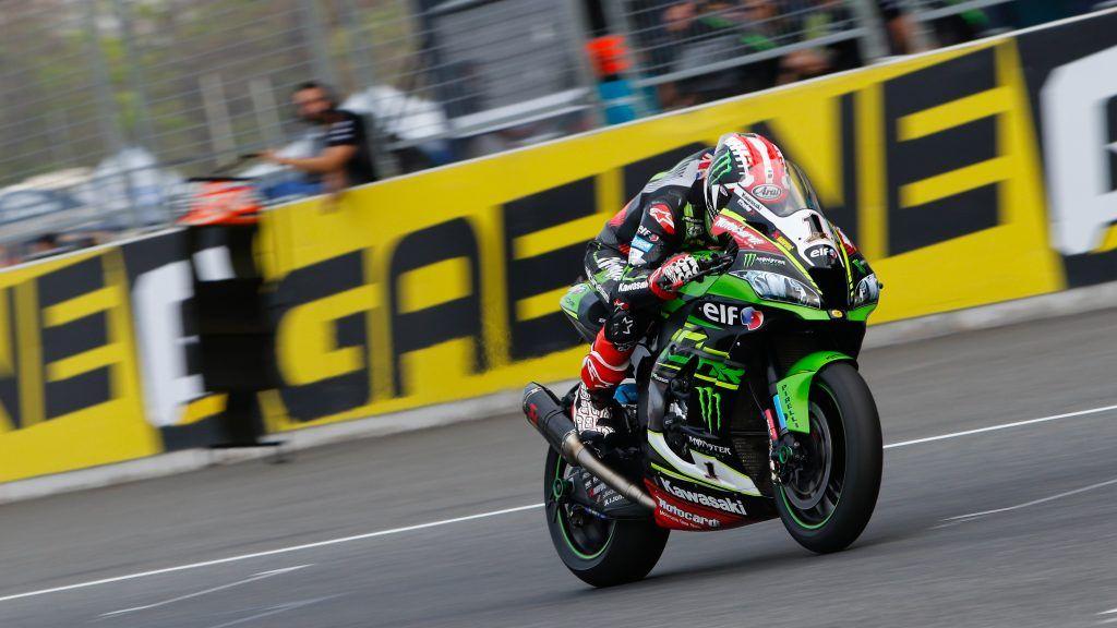 SBK | GP Thailandia: Rea torna a vincere davanti a Forés e Davies